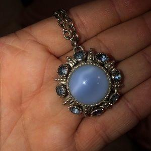 Vintage Blue Pendant Necklace ‼️BOGO‼️